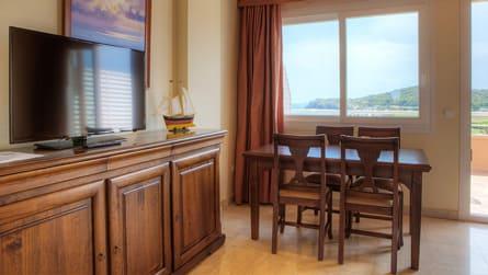 Apartamento familiar superior con vistas al mar
