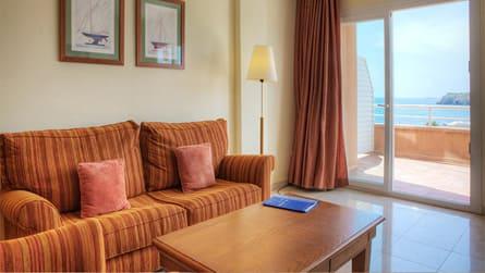 4-apartamento-familiar-vistas-mar.jpg