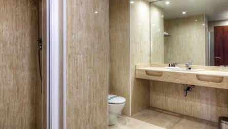 5-junior-suite-vistas-mar-wc.jpg