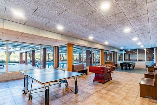 Sala de juegos en el hotel