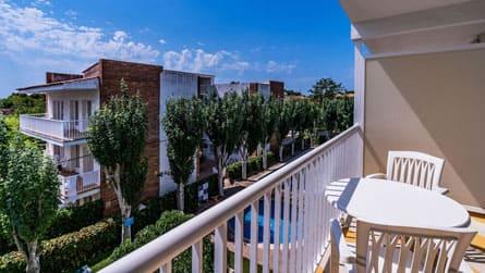 5-apartamento-2-4-personas-vistas-terraza.jpg