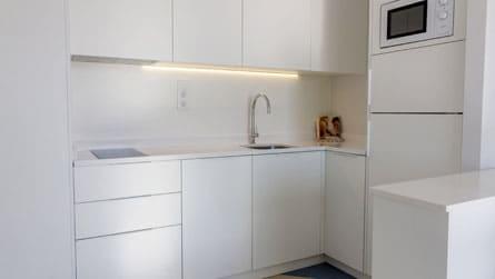 5-apartamentos-superior-sitges-cocina.jpg