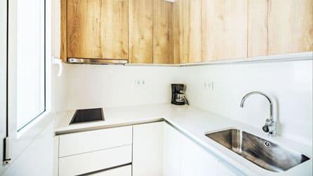 4-apartamento-2-4-personas-cocina.jpg