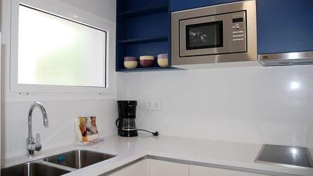 5-apartamento-familiar-sitges-cocina.jpg
