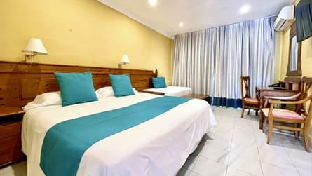 2-habitacion-triple-vista-mar.jpg
