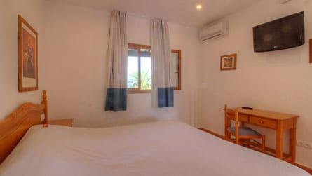 1-apartamento-6-personas-formentera-dormitorio.jpg