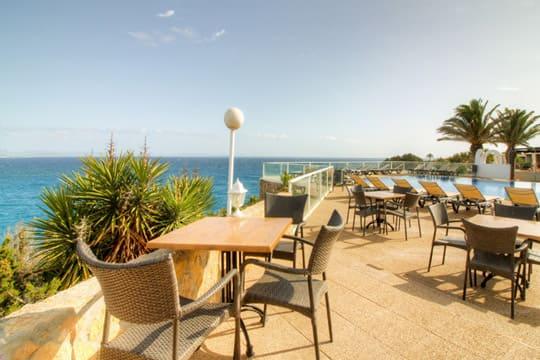 Bar cafetería Hotel Punta Prima