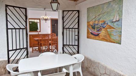 9-casa-turistica-sitges-exterior.jpg