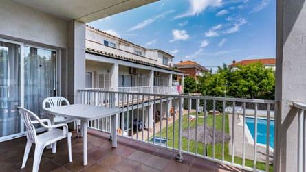5-apartamento-vacacional-sitges-terraza.jpg