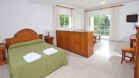 1-estudio-turistico-dormitorio.jpg