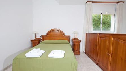 2-estudio-turistico-dormitorio.jpg