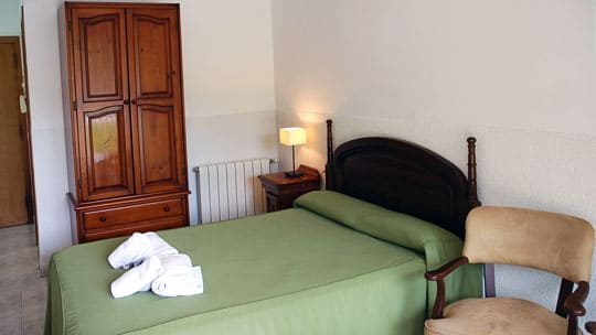 1-estudio-turistico-sitges-dormitorio.jpg